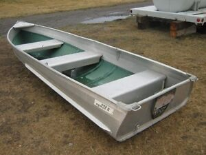 Looking for Aluminum Boat. 10-14 feet. Picture for Attention*