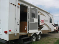 26 Foot Pull Out Trailer, Like New!
