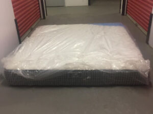 Brand NEW KING size TIGHT TOP KINGSDOWN Mattress inc DELIVERY