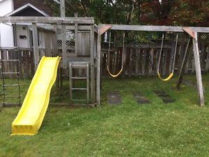 Module de jeux extérieur pour enfants Saguenay Saguenay-Lac-Saint-Jean image 1
