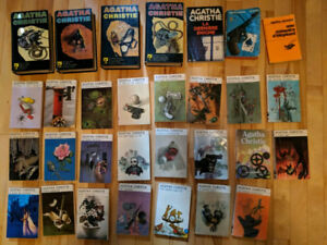 Lot de 30 livres Agatha Christie