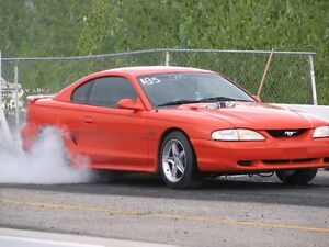1995 Ford Mustang Coupe (2 door)