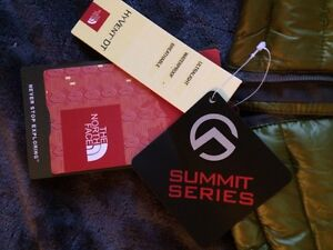 New North Face Summit Series Ski Snowboard climbing down jacket West Island Greater Montréal image 3