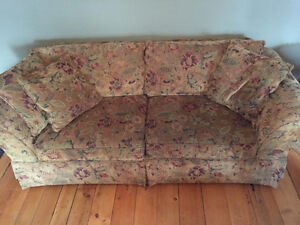 Couch & Love Seat Set