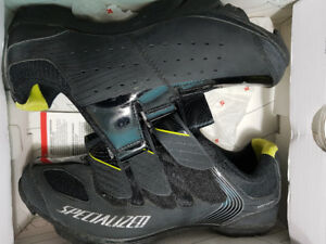 Woman's Clip on road bike shoes