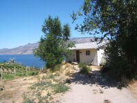 2 Bedroom Lakeview Cabin on Summerland Orchard