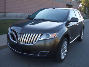 2011 Lincoln MKX AWD - Extremely Clean