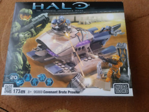 HALO MEGA BLOCKS//173 PCS//BRAND NEW SEALED//15$ VALUE 40$//