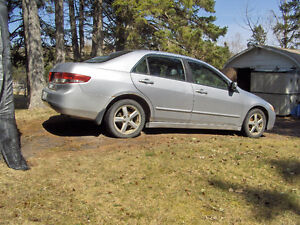PARTING OUT A COUPLE HONDA ACCORDS 2003-2006