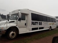 PARTY BUS !