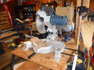 Compound Mitre Saw 10 inch with stand.