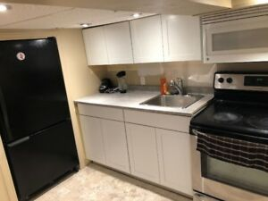 Room for rent - Sept 1st!! Near MOHAWK COLLEGE