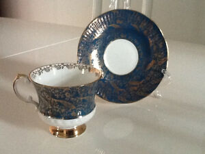 Elizabethan England Mid Century Tea/Coffee Cup and Saucer