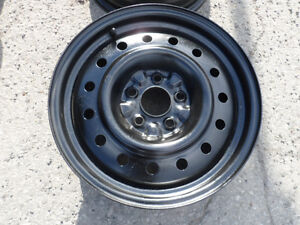 1 ORIGINAL 16'' NISSAN RIM for sale   / 1 JANTE de NISSAN 16''