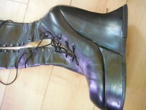 Fluevog Cloven Hoof Boots - Collector's item - as new