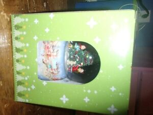 XMAS MUSICAL SNOW GLOBE--BRAND NEW IN BOX