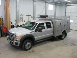 2011 Ford F-450 HD lariat Pickup Truck