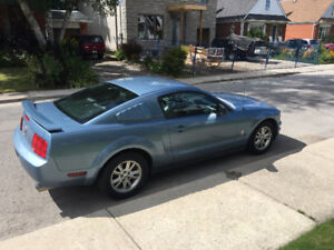 2005 Ford Mustang Coupe Coupe (2 door)