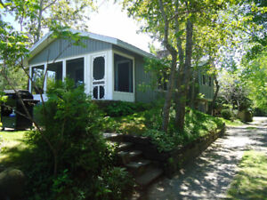 IPPERWASH BEACH FAMILY BEACH HOME FOR RENT July 29 to Aug. 26