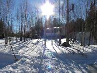 Maison Chalet a louer 24 par 26 Lac Beauport  Villégiature
