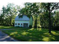 Great Opportunity! 1 Acre Lot in a Ravine Setting!
