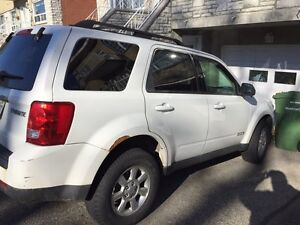 2008 Mazda Tribute (with winter tires and rims) West Island Greater Montréal image 4