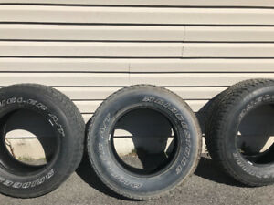 Bridge stone tires dueler A/T  P255 70R 18