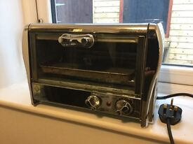 Mini grill and oven