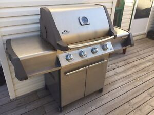 Natural gas Napoleon BBQ - Stainless steel Model 500