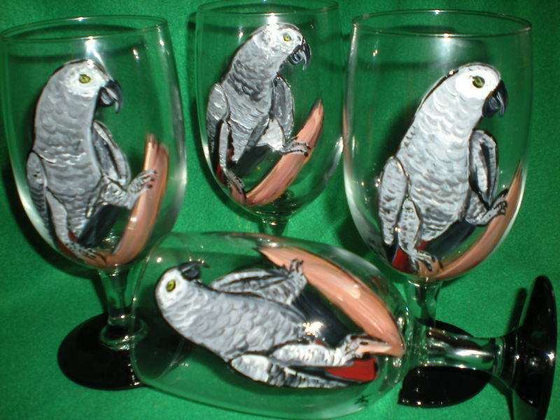 HAND PAINTED  GRAY PARROTS ICE TEAS / SET OF 4(MADE IN THE USA)