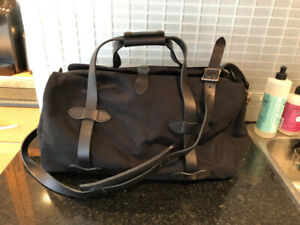 Filson Black Small Duffle - LIMITED EDITION