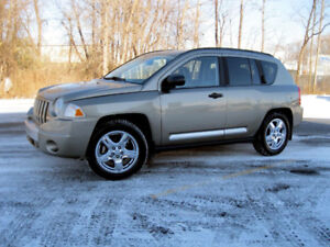 4X4 – AUTO – TOIT – CUIR - JEEP COMPASS LIMITED 2007