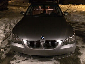 RARE BMW 530xi 2007 WAGON AWD MANUAL RARE