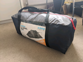 Halfords 4 Person XL Tunnel Tent - Used - Good condition