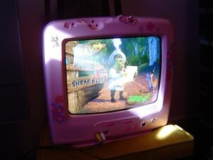 GIRLS OR CHILDS 14 INCH COLOR TV