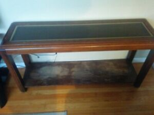 Accent/Sofa Table