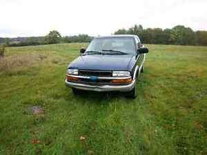 1999 chevy ls ext cab manual 2wd posi track v6 4.3 Trade4sled Peterborough Peterborough Area image 1