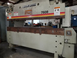 2002 Accurpress 7608 Hydraulic Press Brake (#2040)