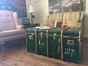Antique Steamer Trunk / Coffee Table