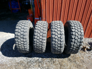285/70/17 10 ply E load rating tires