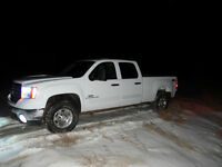 2009 GMC DURAMAX NO REASONABLE OFFER REFUSED!