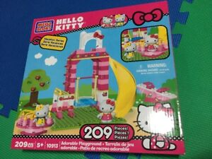Brand New Mega Bloks Hello Kitty (209 pcs)