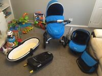 Silver cross surf 2 travel system, simplicity car seat, isofix base and changing bag.