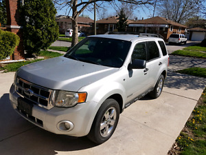 2008 Ford escape **130KMS ONLY**
