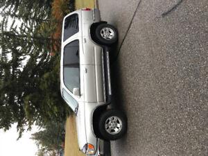1999 Toyota 4 Runner Rare  5spd SR5