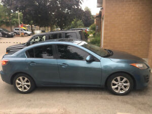 2011 Mazda3 Fully loaded /good condition