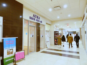 ★ TORONTO DOWNTOWN-Yonge St-Commercial Condo Retail Store-RENT ★