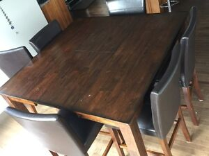 9 piece square dining set - Counter height table and chairs