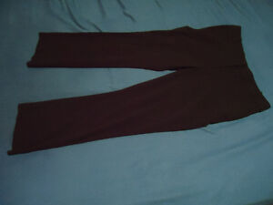Ladies Size 8 Petite Black Reitmans Dress Pant