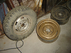 WHEELS, COVERS, Rims 14 ,15 Inch. Vintage? Old trailer?